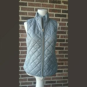 Old Navy Gray Quilted Lightweight Vest Size XS